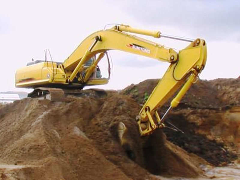 We are recognized as one of the largest earthwork contractors in Singapore owning a mammoth fleet of machines and tipper trucks.